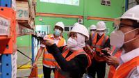 Direktur Utama PT Perusahaan Perdagangan Indonesia (Persero) atau PPI, Nina Sulistyowati mengunjungi gudang modern dan depo container milik PT Bhanda Ghara Reksa (Persero) atau BGR di Palembang.