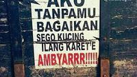 Tulisan Lucu Bahasa Jawa di Truk Ini Bikin Senyum Senyum (sumber:Instagram/kata.supir)
