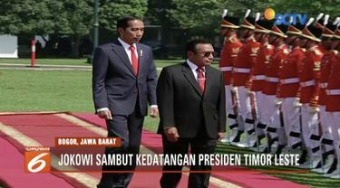 Adakan pertemuan bilateral, Presiden Jokowi sambut kedatangan Presiden Timor Leste Francisco Gutteres Lu Olo di Istana Bogor.