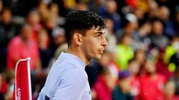 Yusuf Demir - Remaja berusia 18 tahun ini memiliki julukan Messi dari Austria lantaran memiliki gaya bermain yang mirip dengan La Pulga. Dengan kecepatan dan kemampuannya menusuk jantung pertahanan lawan bukan tak mungkin ia akan menjadi andalan Barca di masa depan. (AFP/Barbara Gindl)