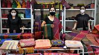 Cerita Wastra merupakan kegiatan dalam rangka memperkenalkan wastra (kain tradisional) yang sarat akan makna budaya nusantara, dalam bentuk kompetisi foto daring kebaya dan kain tradisional.