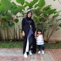 Tantri Kotak mengaku dapat protes dari anak karena sibuk manggung. (instagram/tantrikotak)