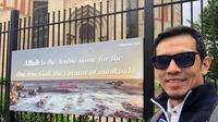 Adrian Maulana di Edinburgh Central Mosque (Dok.Instagram/@adrianmaulana/https://www.instagram.com/p/ByvGCdflptV/Komarudin)