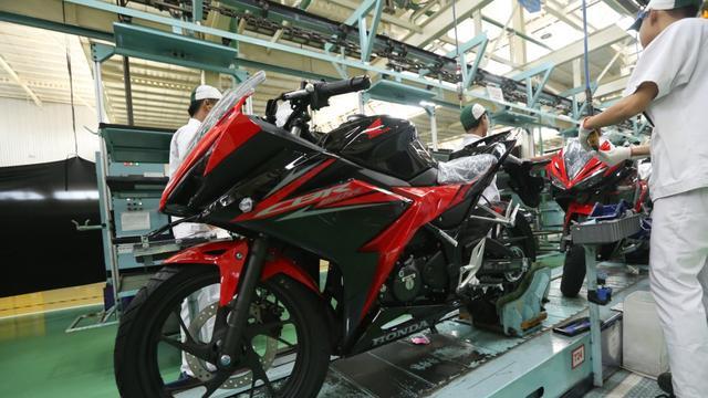 Baju Baru Bikin Honda Cbr150r Makin Sporty Harga Naik
