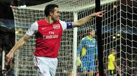 11. Robin Van Persie (Arsenal, Manchester United) - 6 Gol. (AFP/Glyn Kirk)