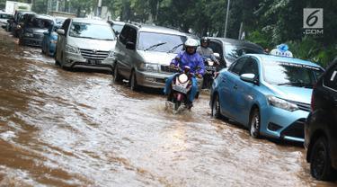 Lapangan Banteng Terendam Banjir