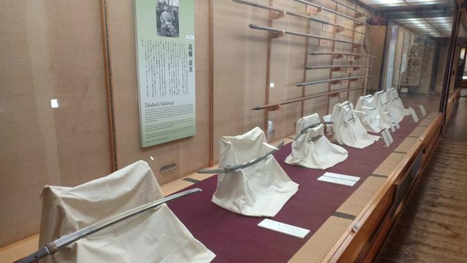 Senjata pertahanan di Kastil Matsuyama (Liputan6.com/ Mevi Linawati)