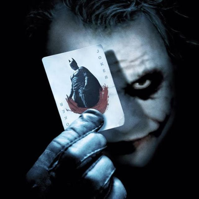 014003600 1503571171 Batman and the Joker Shows Their Cards