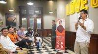 Ketua Fraksi Partai Solidaritas Indonesia (PSI) DKI Jakarta bertemu warga saat masa reses. (istimewa)