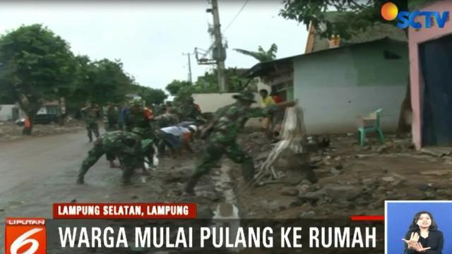 Cuaca di pesisir Lampung Selatan juga berangsur normal.