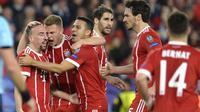 Louis van Gaal menilai Bayern Munchen merupakan tim yang komplet karena memiliki pelatih berpengalaman dan sekumpulan pemain berkualitas yang berpeluang meraih gelar juara Liga Champions 2017-2018. (AFP/Cristina Quicler)