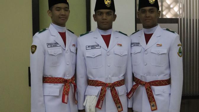Kenalan dengan 3 Paskibraka Ganteng Tim Pengibar Merah Putih di Istana