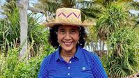 Susi Pudjiastuti berada di Pulau Nembrala di Kabupaten Rote, Nusa Tenggara Timur (NTT) (Dok.Instagram/@susipudjiastuti115/https://www.instagram.com/p/B7NXPfTHaCp/Komarudin)
