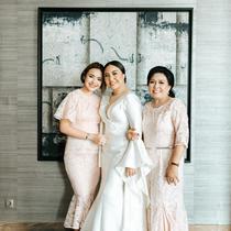 Amanda Manopo bersama ibu dan kakaknya. (Foto: Instagram @angelicamanopo)