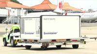 Sebanyak 16 juta bulk vaksin COVID-19 dikirim ke Indonesia melalui Bandara Internasional Soekarno-Hatta, Tangerang, pada Kamis (25/3/2021). Pegiriman ini merupakan pengiriman vaksin tahap ketujuh. (Foto: Tangkap layar YouTube Sekretariat Presiden)