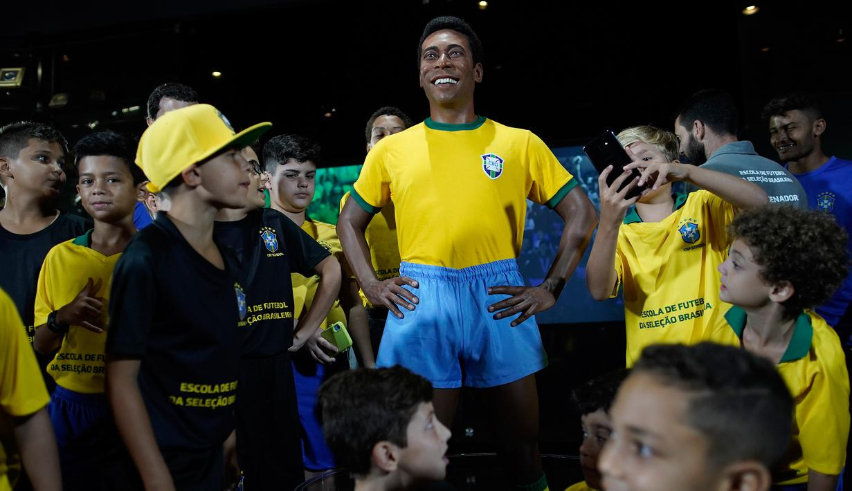 FOTO Peringati Gelar Juara Piala Dunia 1970 Brasil Buatkan