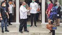 Akhyar saat menerima kunjungan kerja Tim Pansus COVID-19 DPRD Sumut di Posko Gugus Tugas COVID-19 Kota Medan