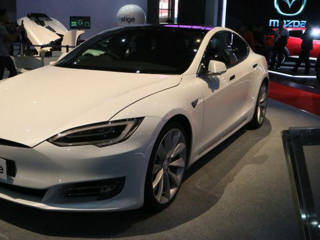 Berapa Watt Yang Diperlukan Untuk Charge Mobil Listrik Tesla Otomotif Liputan6 Com