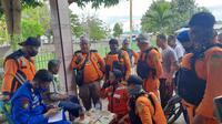 Setelah terombang ambing selama 5 hari di tengah laut, satu nelayan yang hilang akibat gelombang tinggi di wilayah Teluk Tomini akhirnya ditemukan.(Arfandi Ibrahim/Lipuran6.com)
