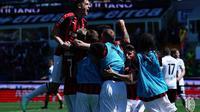 AC Milan merayakan gol yang dicetak Samu Castillejo ke gawang Parma pada laga pekan ke-33 Serie A. (dok. AC Milan)