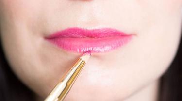Cara Menipiskan Bibir Secara Alami Dan Cepat Tanpa Operasi Beauty Fimela Com