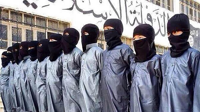 Kisah Bocah eks Tentara ISIS: Tugas Pertama Bunuh Orangtua
