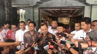 Tujuh sekjen partai non parlemen menemui Menteri Dalam Negeri Tito Karnavian (Putu Merta Surya Putra/Liputan6.com)