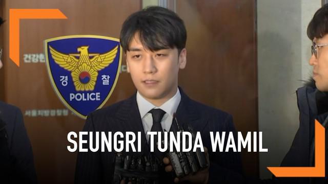 Usai jalani pemeriksaan Seungri eks-BIGBANG putuskan menunda wajib militer. Seungri jadi tersangka kasus prostitusi karena terbukti menyediakan layanan prostitusi untuk para kliennya.
