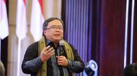 Menteri PPN/Kepala Bappenas Bambang Brodjonegoro membahas ibu kota baru di Balikpapan, Kaltim. Dok: Humas Bappenas