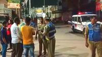 Polisi menangkap pengendara mabuk (Cartoq)