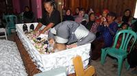 Peringatan hari kematian Mbah Gotho masih akan berlangsung hingga 1000 hari kematiannya. (Liputan6.com/Fajar Abrori)