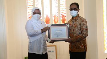 Menaker Ida Apresiasi Kontribusi Bio Farma Jaga Ketersediaan Vaksin COVID-19