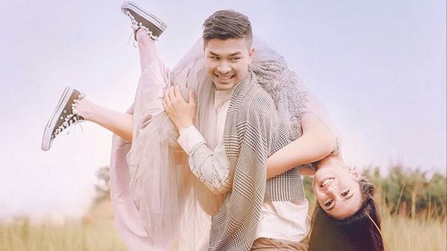 Artis Berpose Seksi Saat Pre Wedding Rima Melati Banjir Air Mata Showbiz Liputan Com