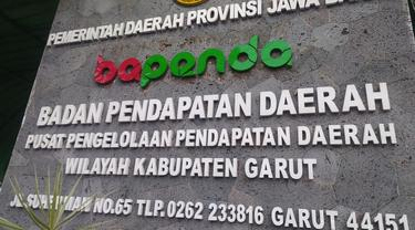 Kantor Pusat Pengelolaan Pendapatan Daerah Wilayah (P3DW) Garut wilayah Garut, Jawa Barat kembali menggulirkan program Tripel Untung bagi pemilik kendaraan. (Liputan6.com/Jayadi Supriadin)