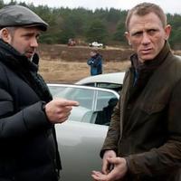 Sam Mendes dan Daniel Craig. foto: screen rant