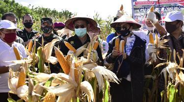 Menteri Pertanian (Mentan) Syahrul Yasin Limpo melakukan kunjungan kerja di Kabupaten Minahasa Utara, Sulut, Minggu (30/8/2020).