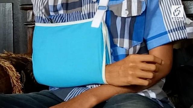 Terkait Pesan Whatsapp Muhammad Sukron mahasiswa semester satu mengalami penganiayaan anggota MAPALA di dalam kampus. Ia mengalami patah tulang dada, tangan dan tulang hidung yang bergeser.
