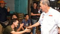 Deddy Mizwar mendatangi Pasar Caringin, Bogor, Senin (2/4/2018). (Tim Media Deddy Mizwar)