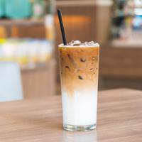 Ilustrasi es kopi susu kekinian./Copyright shutterstock.com/g/Mrsiraphol