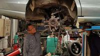 Dahlan Iskan modifkasi Jaguar jadi mobil listrik (Foto: Hadi M Djuraid)