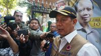 Kepala BNPB Letjen TNI Doni Monardo usai bersilaturahmi dengan keluarga Sutopo di Boyolali, Kamis (11/7).(Liputan6.com/Fajar Abrori)