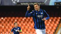 Atalanta sukses menundukkan Valencia dengan skor 4-3 di leg kedua Liga Champions. Josip Ilicic menjadi bintang dengan memborong empat gol. (AFP/UEFA/Handout)