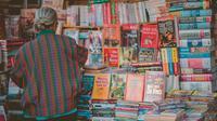 Ilustrasi penjual buku bekas (Dok. Min An/Pexels)