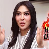 Hottest Update Syahrini. (DI: Muhammad Iqbal Nurfajri/Bintang.com)