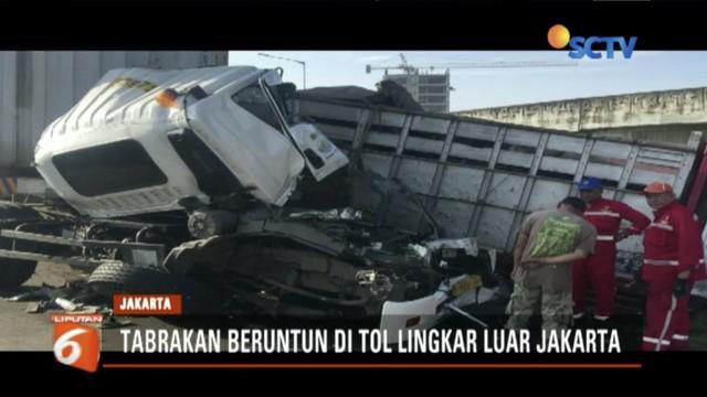 Tiga truk tabrakan beruntun di Tol Lingkar Luar Jakarta, dua orang meninggal dunia.