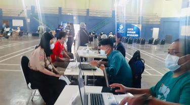 NasDem gelar vaksinasi Covid-19 terhadap pelajar di Jakarta