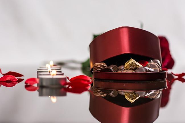 Cokelat masih menjadi hadiah favorit di Hari Valentine/copyright pixabay.com