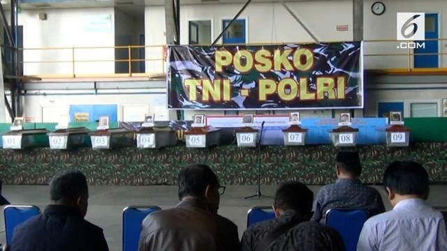 Tim Forensik Polda Papua selesai mengidentifikasi 16 Jenazah Karyawan Istaka Karya. Jenazah selanjutnya diserahkan kepada pihak keluarga untuk dimakamkan