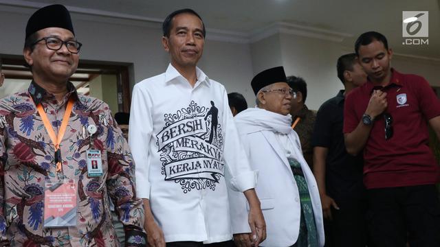 Tragedi Mahfud MD dan Pakaian Jokowi