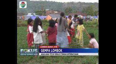 Gempa yang mengguncang Pulau Lombok beberapa waktu lalu membuat ribuan orang kehilangan tempat tinggal.